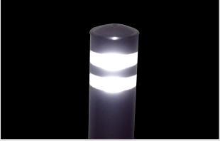 ダイヤモンドグレード反射シートにより夜間の視認性が高いです。