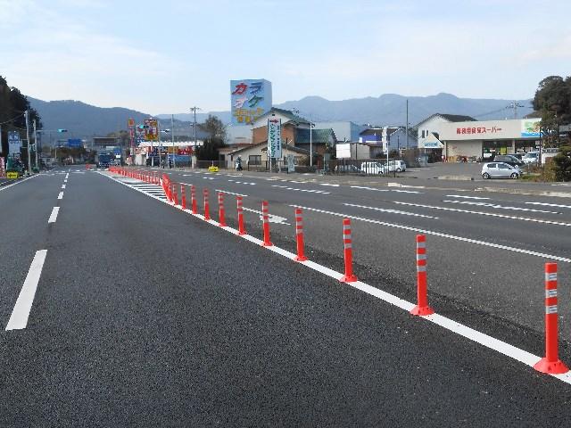 佐賀県 伊万里市 車線分離